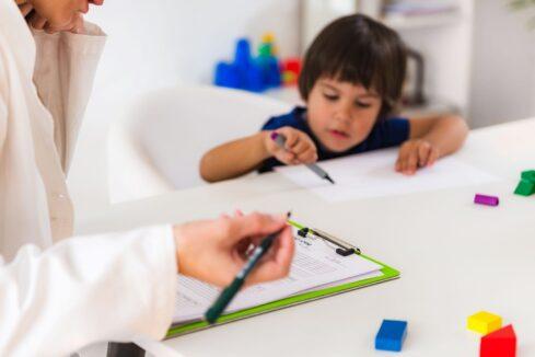 Dlaczego każde dziecko potrzebuje Stosowanej Analizy Zachowania?